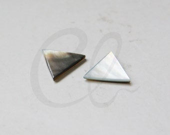 Two Pieces Natural Shell Beads - Triangle - 14mm