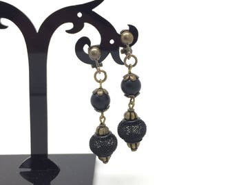 Mesh and bronze mount - clip earrings, matte black stone beads