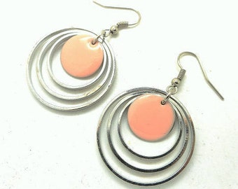 Round earrings, enameled Locket charms and co. light pink