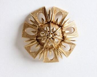 Vintage Large Round Goldtone Monet Brooch