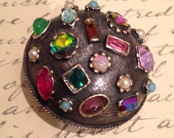 Antique VOGUE JLRY signed Multi Stones Domed Brooch