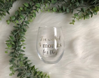 Mommy-To-Be Wine Glass - Baby Shower Gift - Push Present - Mom to Be Gift - Shower Gift - Personalized Gift - Mother's Day Gift-Gift for Mom