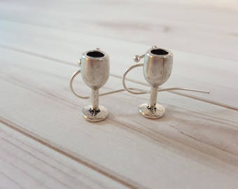 Wine Earrings, Wine Glass Earrings, Wine Goblet Earrings, Wine Gift, Mom Gift, Gift for Her, Champagne Earrings, Mom Gift, Wine Jewelry