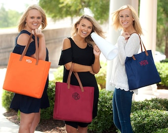 Monogrammed Tote Bags, Personalized Tote Bags, Monogrammed Gifts, Bridesmaid Gifts, Group Discounts, 8 Color Options, Tailgate Tote Bag