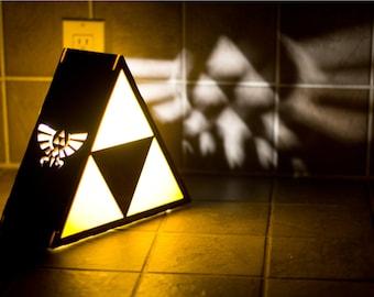Zelda Triforce Lamp - Hyrule Crest Detail