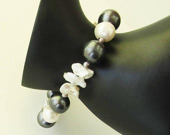 eggplant purple and white pearl bracelet - June birthstone