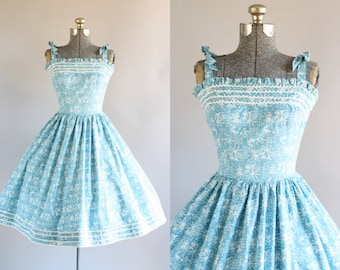 Vintage 1950s Dress / 50s Cotton Dress / Lanz Originals Turquoise Novelty Print Sun Dress XS/S