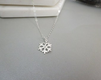 Snowflake Necklace, sterling silver necklace, winter necklace, winter wedding necklace, bridesmaid necklace