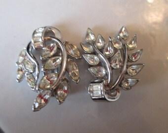 Unique Vintage Crown Trifari Rhinestone Leaf Clip On Earrings in a Rhodium Setting, Bridal, Bridesmaid, Crown Trifari Clip On Earrings