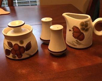 Vintage Noritake Folkstone - Orinda 8540 - Genuine Stoneware - Sugar Bowl, Creamer, Salt & Pepper Shakers -Made beween 1975 - 1981 - Japan