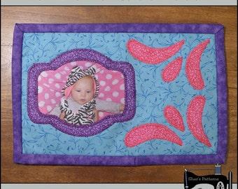PDF Pattern for Photo Mug Rug, Swishes Photo Mini Quilt Pattern - Sewing Pattern, Tutorial, DIY