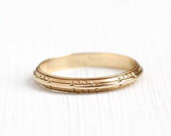 Sale - Gold Flower Band - Vintage Art Deco 14k Rosy Yellow Gold Orange Blossom Flower Ring - Size 8 1940s Eternity Wedding Fine Jewelry