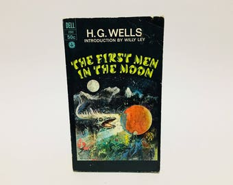 Vintage Sci Fi Book The First Men in the Moon by H. G. Wells 1967 Paperback
