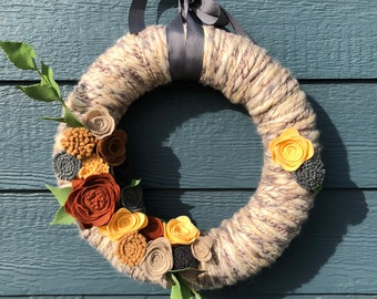 Textured Yarn Medium Size Wreath