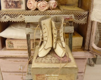 Miniature Boots, Aged white, Imitation Leather, Parisian Fashion, Made in France, French Dollhouse, 1:12th scale