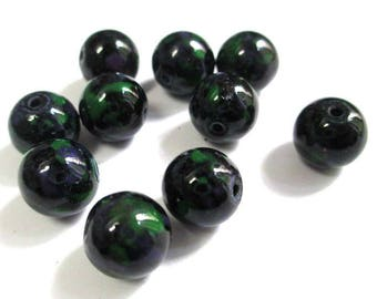 10 black speckled green and purple glass beads 10mm (S-49)