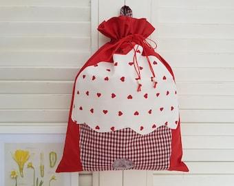 Red cupcake bag purse