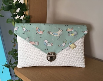 Small pouch for birds printed handbag
