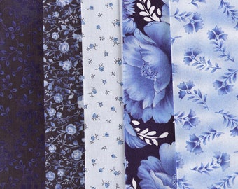 5 piece bundle of coordonated blue and white cotton fabrics