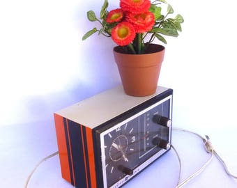UPCYCLED Vintage GE RADIO Model C2425A