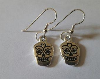 Day of the dead, Skull earrings, Skull, Skull jewelry, Charm earrings, Dia de los muertos, Goth, Punk, Rockabilly