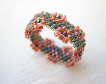 Beaded ring, bead woven ring, seed bead ring, glass ring, floral ring, peyote stitch ring, size 6 ring, size 6 bead ring, beadwork ring