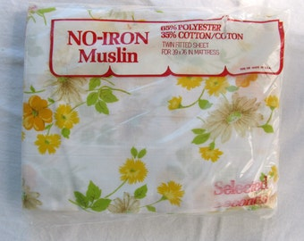 Vintage Springs Twin Fitted Sheet Single Bright Floral Print Yellow Orange No Iron Muslin