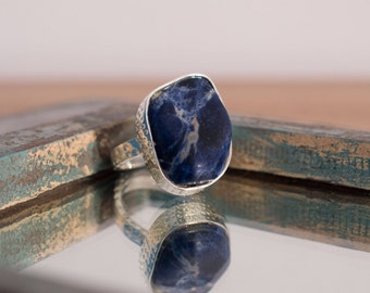 Deep blue ring, chunky statement ring, sodalite ring, blue stone ring, UK size S ring, US size 9 ring, No 20 size ring