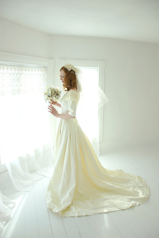 Vintage wedding dress, 1950s ivory satin gown, lace cape half ...