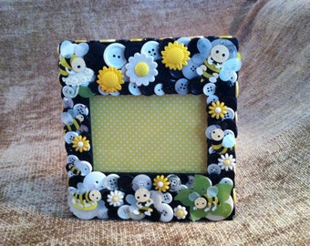 Bumble Bee Button Picture Frame