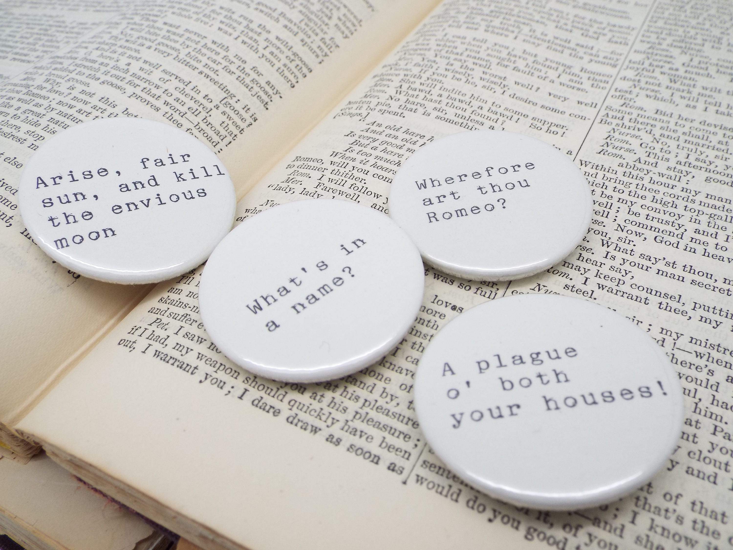 Romeo and Juliet Shakespeare Quote Button Pin Badges x 4