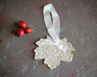 Leaf Favor Gift Tag with Silver German Glass Glitter Teacher Gift Hostess Gift Decor