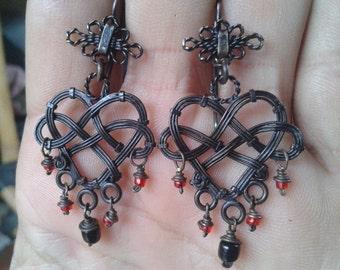 earrings dangle heart knot