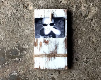 Picture Frame - 4x6 Vertical Picture Holder - Solid Wood Picture Display with Distressed Finish made by Seeka Decor
