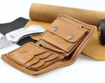 Mens leather bifold wallet Black leather wallet card holder Brown leather wallet coin pocket Women leather wallet bifold Hand sewn leather