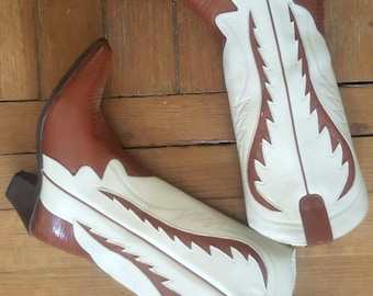 New Vintage cowboy boots