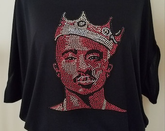 TuPac Crowned rhine stud flowy Circle Top. Makaveli, 2Pac, 90's Rap and hip-hop music. Rapper, Actor, Producer and Poet. Bling Rap T-shirt