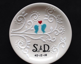 Personalized ring dish, Engagement gift, Wedding gift - love birds Ceramic Ring Dish plate, ring holder- Anniversary, Valentine's Day