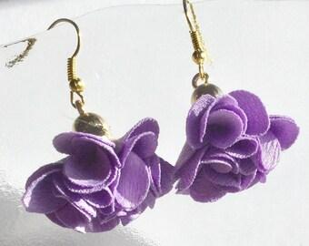 Earrings Golden tassels mauve purple silk satin