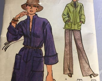 9074 Very Easy Vintage Vogue Misses' Dress or Tunic and Pants Size 12