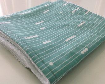 Burp cloths - Set of 2 burp cloths - Abacus burp cloths - Modern organic baby burp cloths - Green burp cloths - Burp cloths gift set