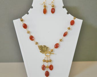 Faceted Orange Carnelian Necklace, Front Closure, Dangling Necklace, Gold and Orange Necklace, Carnelian Necklace Set,