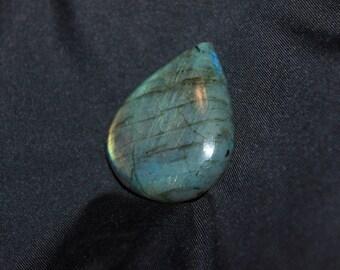 Labradorite blue, Brown and green hues n ° 3 cabochon 36 * 29mm
