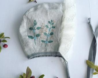 Melody- Embroidered baby bonnet // linen bonnet/ lace bonnet.
