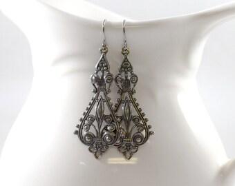 Simple Everyday Dark Silver Earrings, Silver Earrings, Everyday Earrings, Filigree Earrings, Antique Silver Earrings, Metal Earrings, AE024