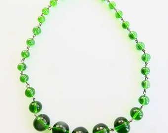 Deco Green Glass Necklace