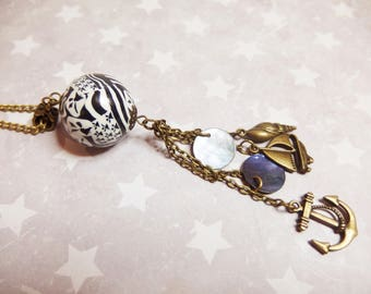 Pearl flag Breton, pendants, Brittany, ha, Breizh Gwenn, necklace. polymer clays: Fimo, sculpey, cernit)