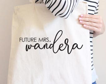 Future Mrs tote, Future Mrs, Soon to be Mrs tote, mrs tote, bride, bride gift, wedding gift, wedding tote, bridal shower gift