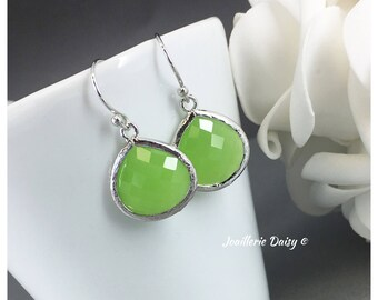 Bridesmaid Earrings Bridesmaid Gift Lime Earrings Green Maid of Honor Gift Mother of Groom Gift Mother of Bride Gift Green Wedding Earrings
