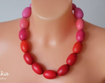 Wooden beaded necklace, Red pink beaded necklace, Red bead necklace, Pink necklace, Wood bead necklace, Big bead necklace